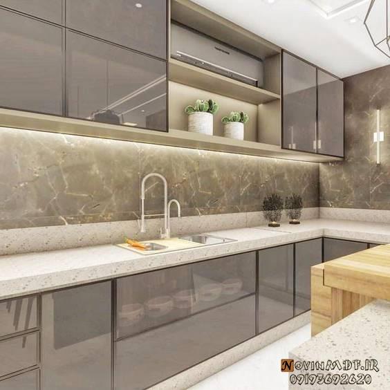 استفاده از نور برای بزرگ شدن آشپزخانه